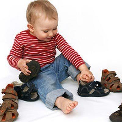 Выбираем ортопедическую обувь для ребенка