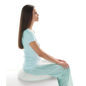 Подушка ортопедическая TRELAX с отверстием на сиденье