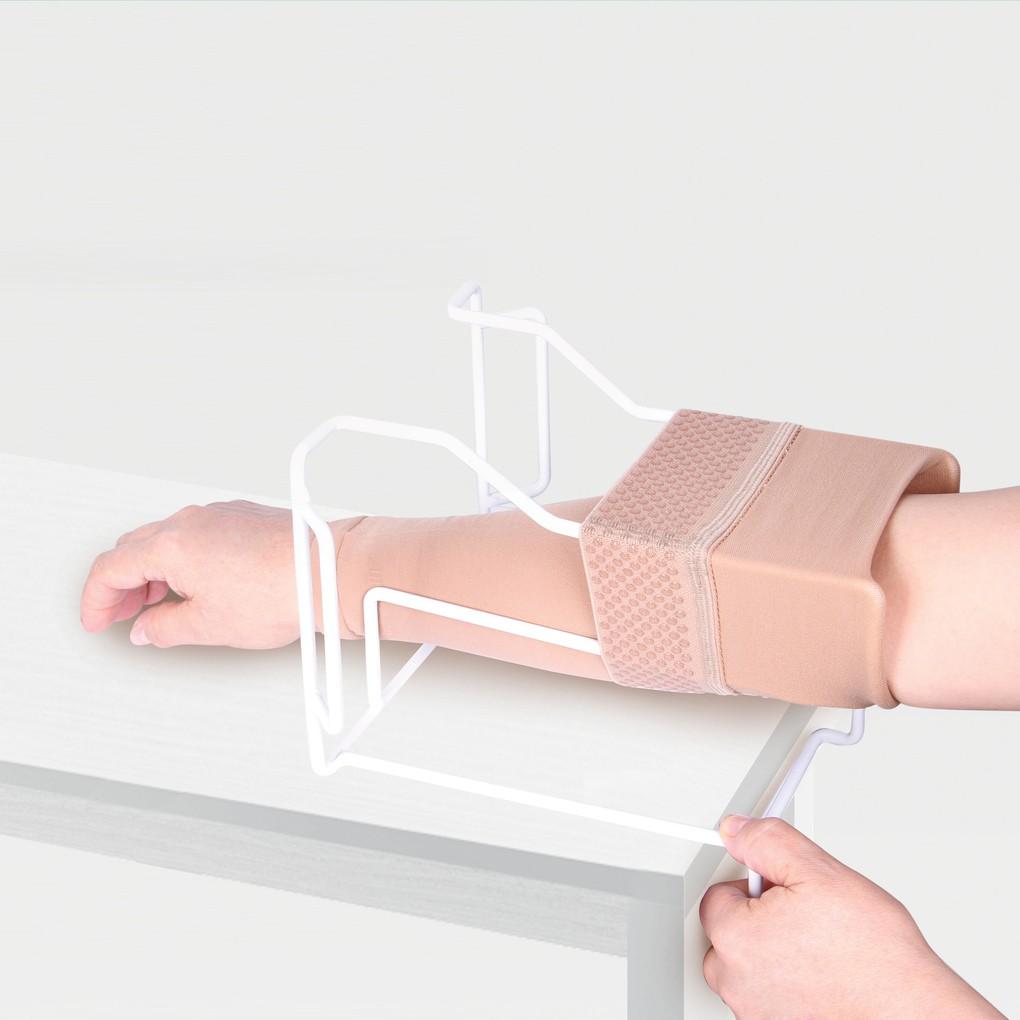 Приспособление ID-04 для надевания компрессионного рукава